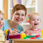 Comment concilier vie de famille et vie professionnelle avec de jeunes enfants ?